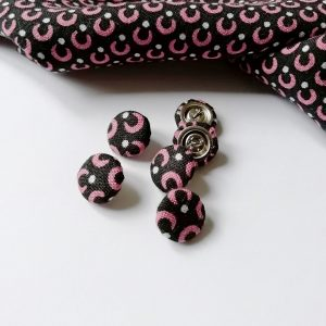boutons recouverts de tissu
